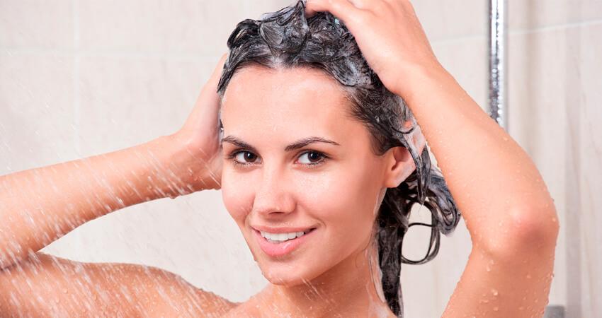Шампунь восстанавливающий для вьющихся волос